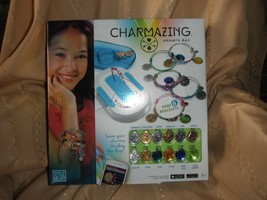 charmazing bracelet deluxe kit new and sealed #906  12 charms 6 bracelets - $9.89