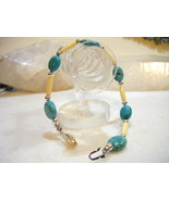 Beautiful Turquoise and White Hairpipe Native American Bracelet - $6.00