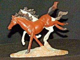 Brown and white Horse figurine AA19-1691 Vintage image 3