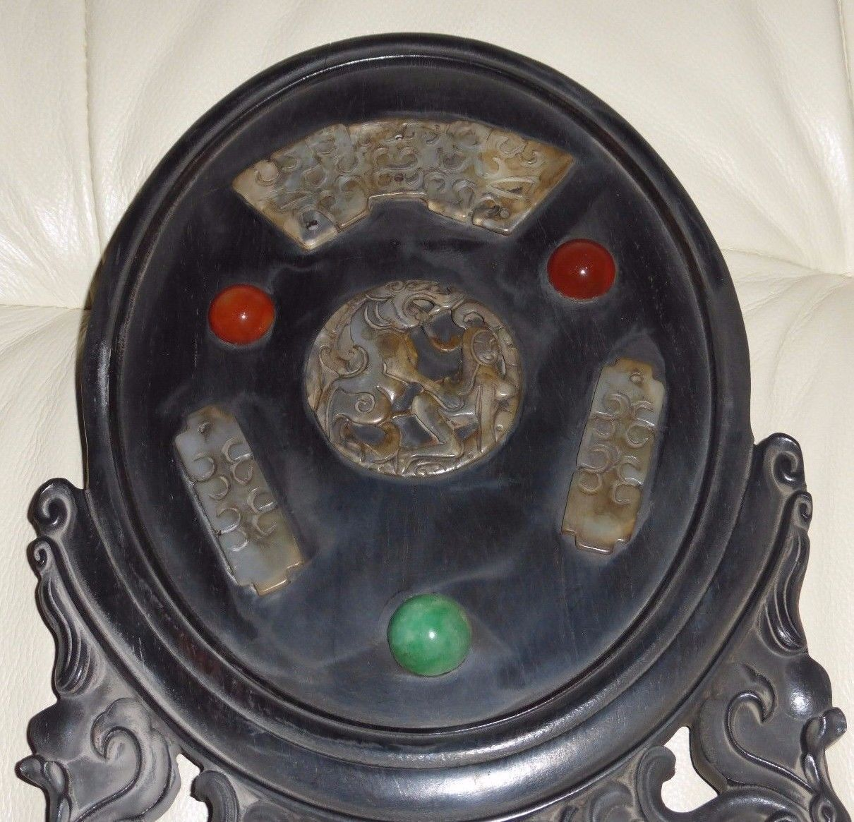 SUPERB ANTIQUE CHINESE KAMA SUTRA TABLE SCREEN WITH CARVED JADE & APPLIED STONES