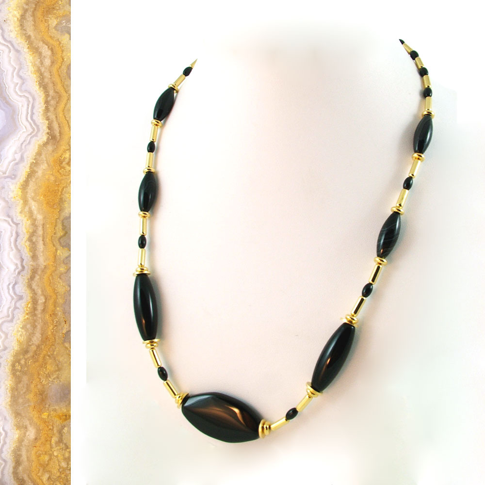 Elegant Natural Onyx and Gold Necklace