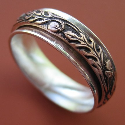 Oak Spinner Ring