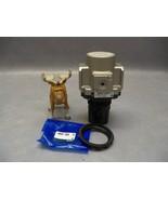 SMC AR40-N04-Z Regulator w/Bracket AR40P-260S - $130.16
