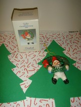 Goebel 1986 Co-Boy Elf With Wreath Ornament - $9.49