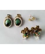 Vintage Fashion Jewelry Set Green Stone Jackets Gold Tone Earrings Penda... - $24.26