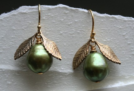 Sage Green Pearl Earring With Golden Leaves