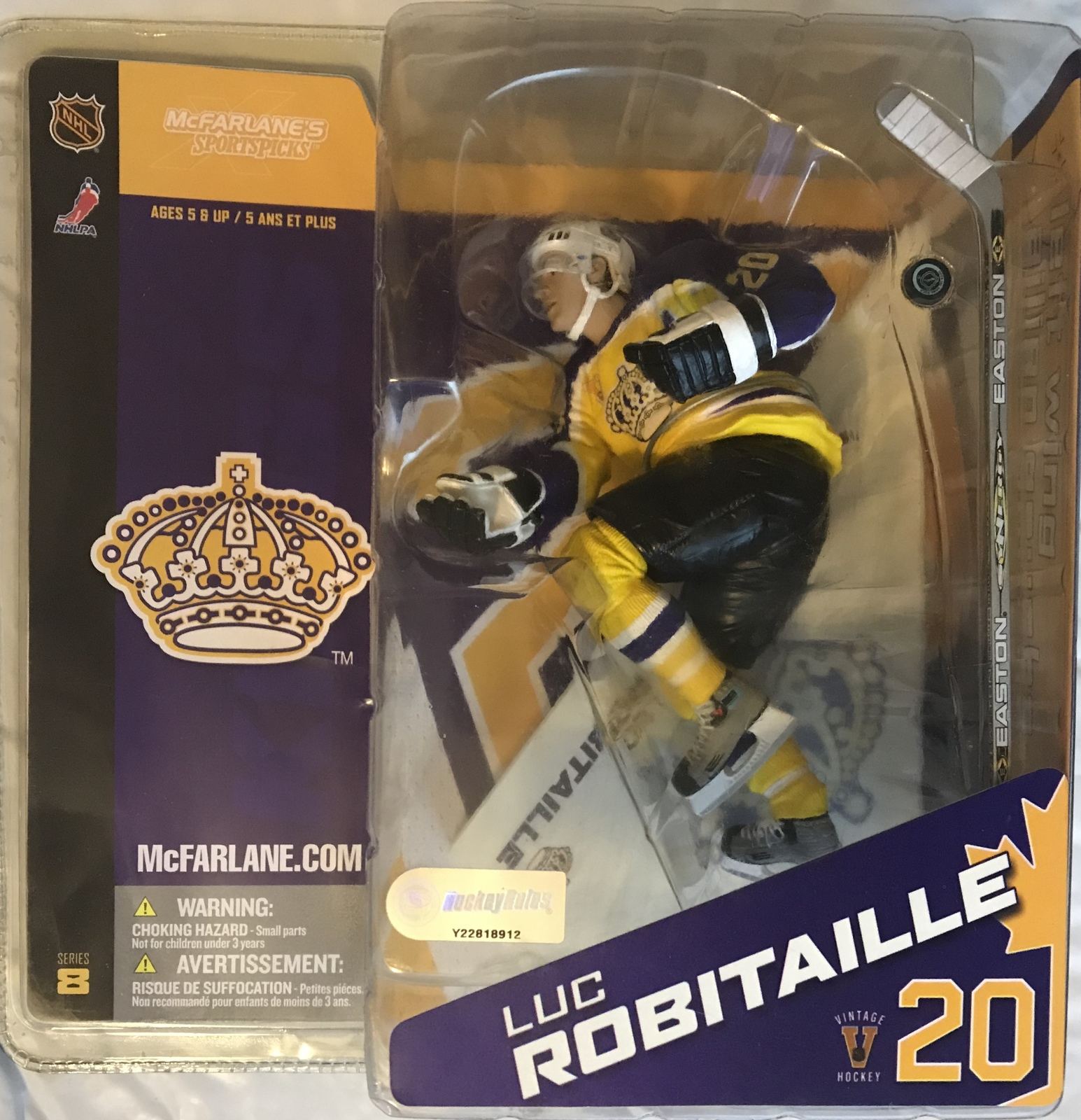 "NHL - Los Angels Kings ""Luc Robitaille #20"" Action Figure - Blue & Yellow Jersey"