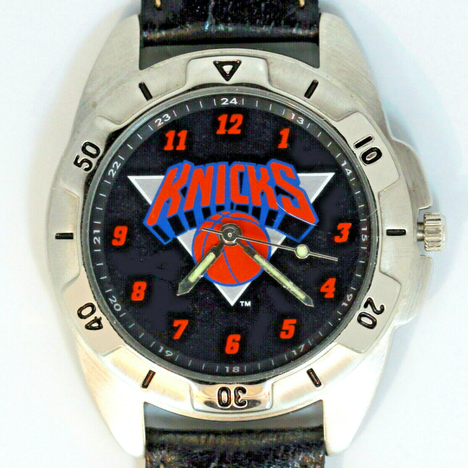 Primary image for New York Knicks NBA, Fossil Mans Unworn Rare Vintage 1995 Watch Leather Band $89