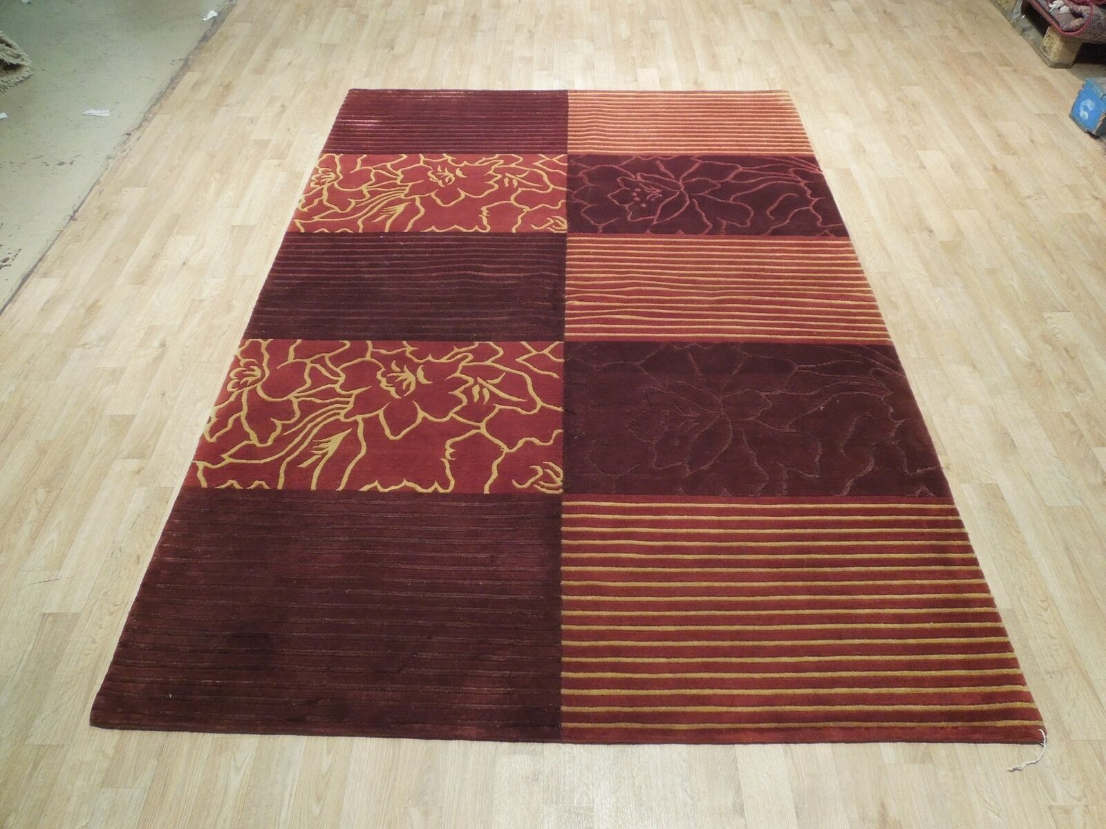 Abstract Shades of Red Gold stripes Handmade 6 x 8 Red Modern Wool & Silk Rug image 4
