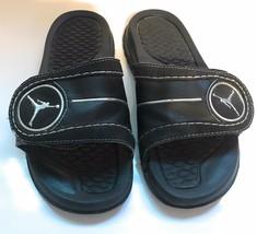 Unisex 5Y Nike Jumpman Jordan 317876-001 Sandals - $19.79