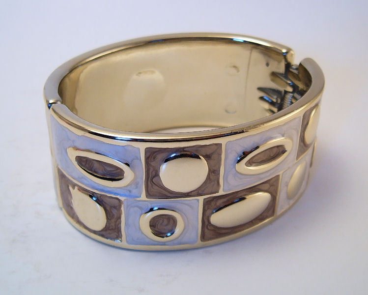 Bangle Bracelet Hinged Enamel Metallic Ivory Chocolate Brown Color Block Pattern