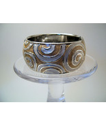 Bangle Bracelet Hinged Enamel Metallic Swirl Pattern - $6.99