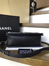 BNIB AUTHENTIC 2019 CHANEL BLACK Limited Edition Leather Medium Boy Flap Bag image 6