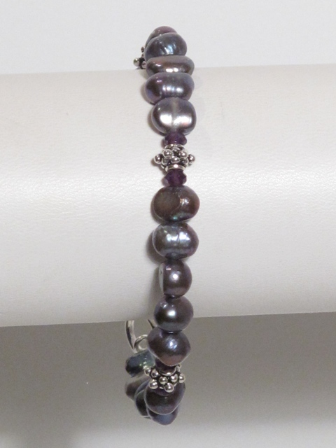 Grey Pearl and Amethyst Bracelet