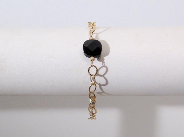 Gold Onyx link bracelet