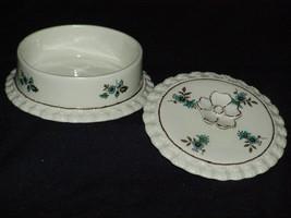 Vintage Gator Mold Mint Green Dresser Dish Porcelain Vanity or Boudoir D... - $9.10