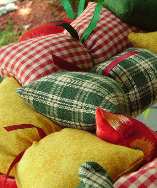 Counrtry Apple Themed Handmade Fabric Wreath