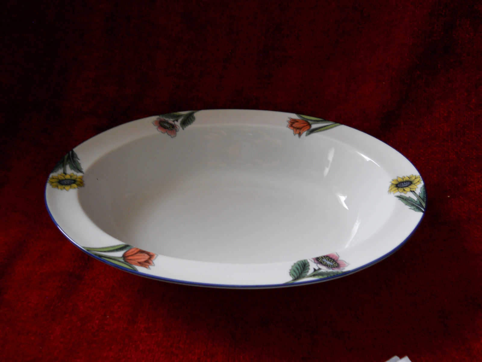 Primary image for Rorstrand Linnea oval serving bowl 10 1/2""