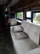 2017 WINNEBAGO JOURNEY 36M FOR SALE IN Muscatine, IA 52761 image 8