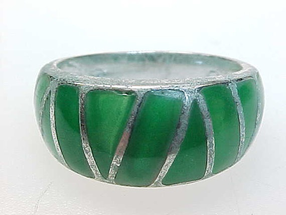 Primary image for STERLING Vintage RING with GREEN ENAMELING - Size 7 1/4