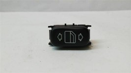 Rear Passenger Side Window Switch 03100504 2001 Mercedes S430 R248250 - $13.99
