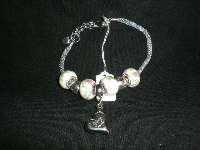 NeW Exquisite Ladies'  Charming Heart Beads Chain Bangle Bracelet