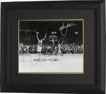 Christian Laettner signed Duke Blue Devils Horizontal B&W Celebration Metallic 8