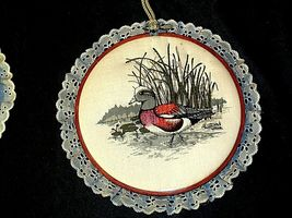 4 hanging embroidery images of ducks.AA19-1454 Vintage image 4