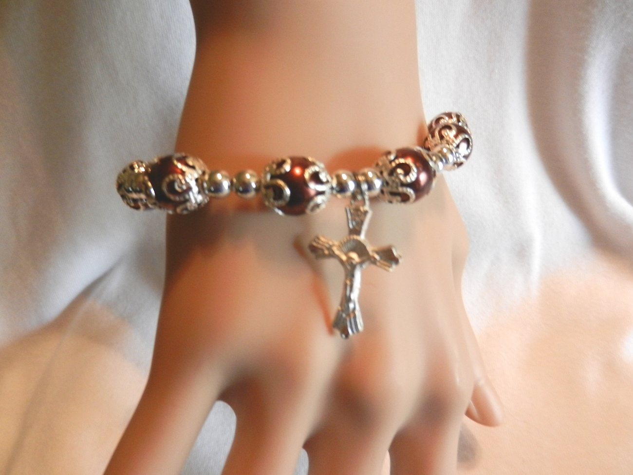 Primary image for NeW Beaded Crucifix Cross Stretch Beaded Bracelet Stretch