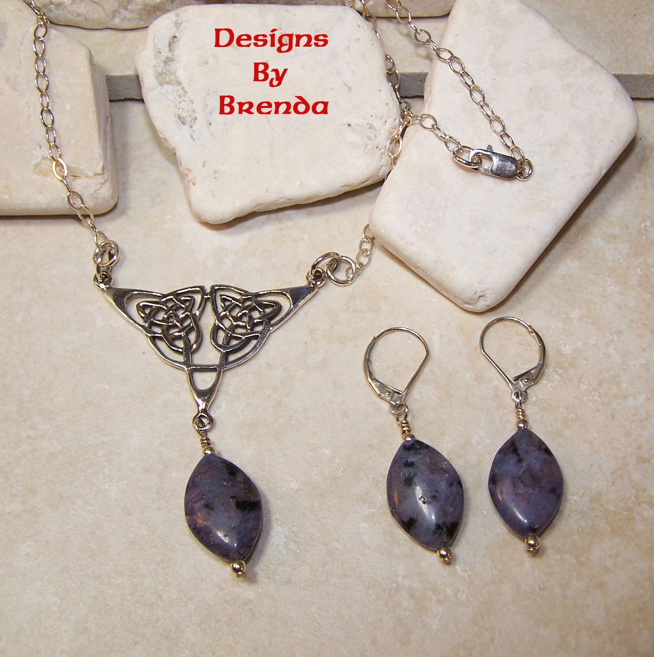 Purple kiwi quartz festoon set