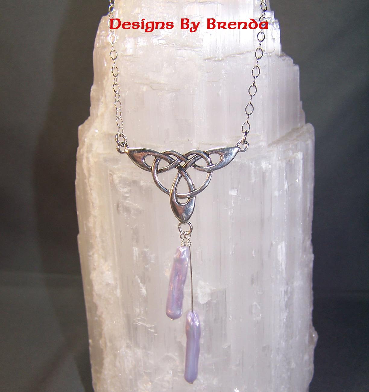 Trinity w lav stick pearl necklace
