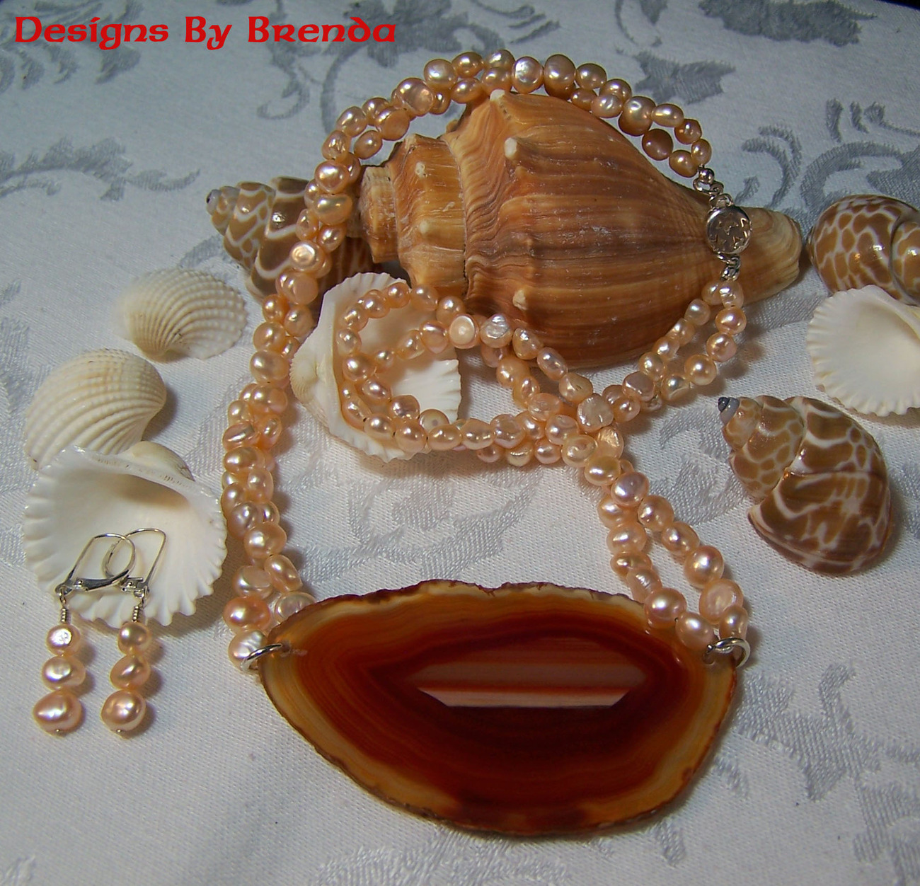 Peach Pearls & Agate Slice Necklace & Earrings Set