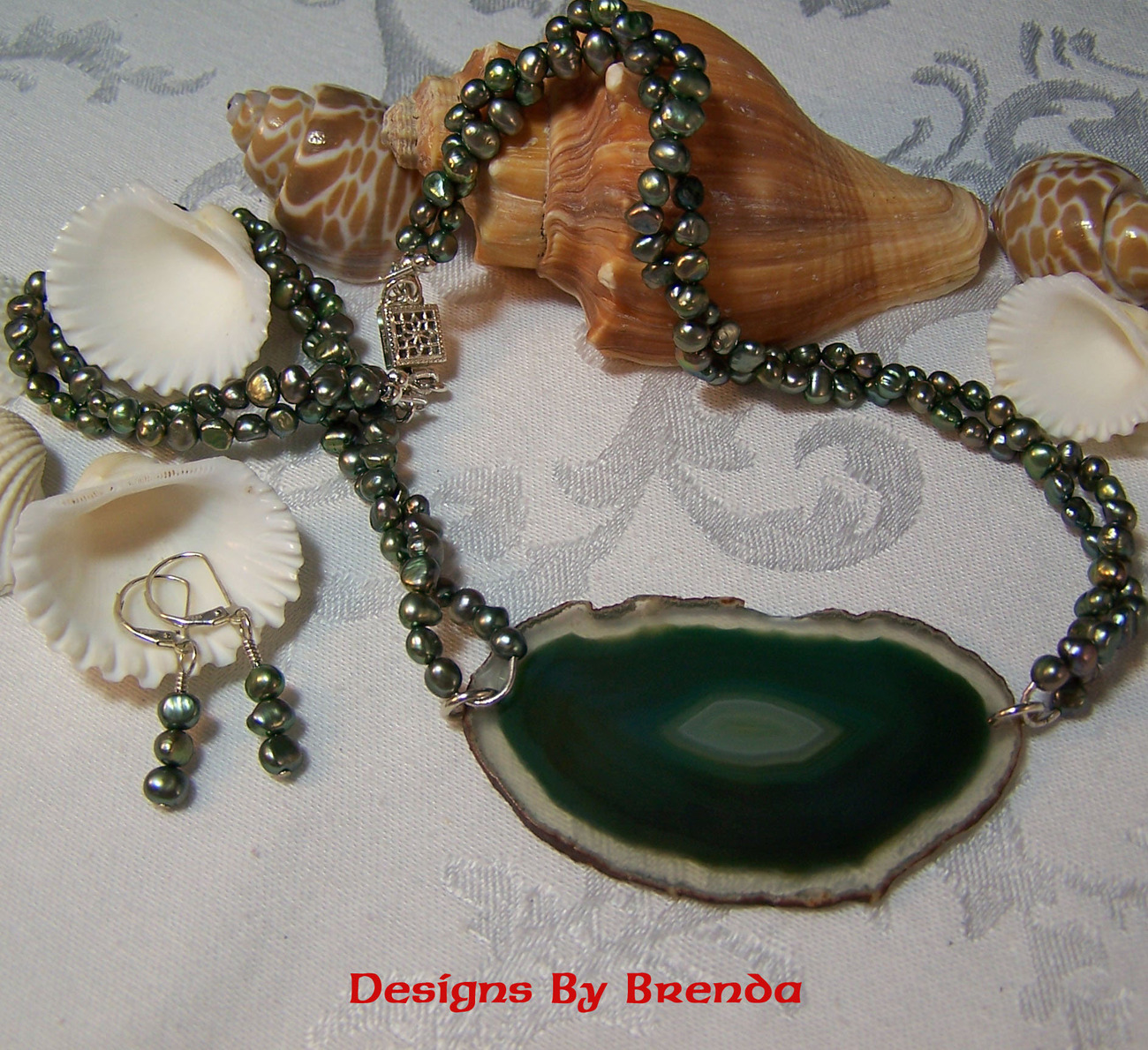 Green Pearls & Agate Slice Necklace & Earring Set