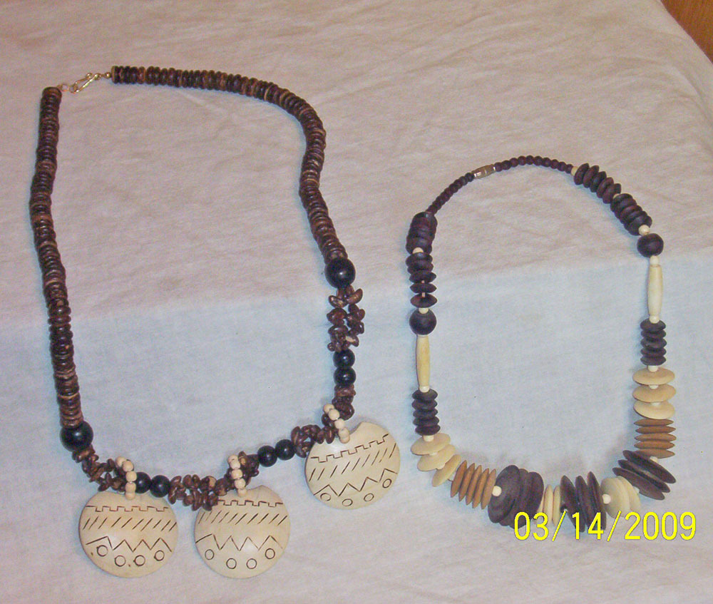 2woodbeadnecklaces