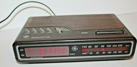 Vintage GE Digital Alarm Clock Radio AM FM 7-4612B Wood Grain Tested Wor... - $17.56