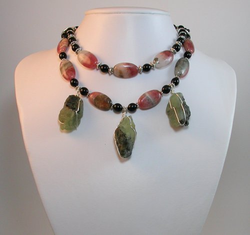 CHUNKY GEMSTONE necklace - This is unique designer and show