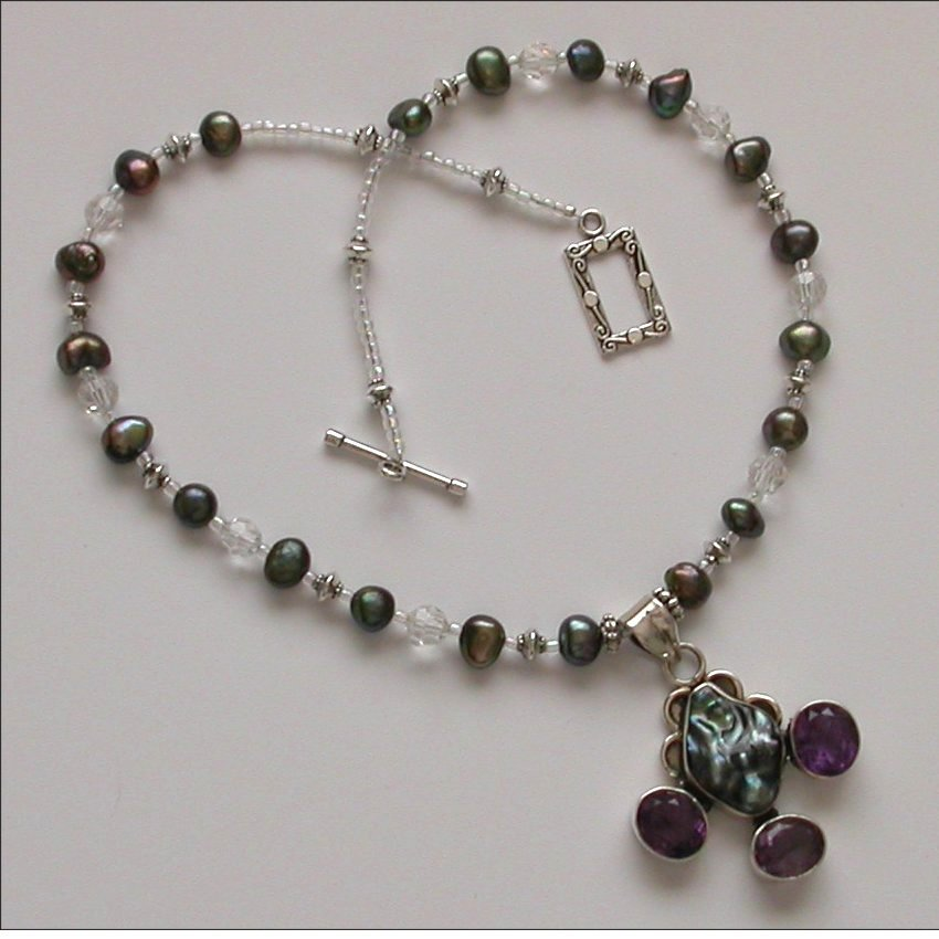 Romantic NECKLACE with PEARL, AMETHYST and SILVER pendant
