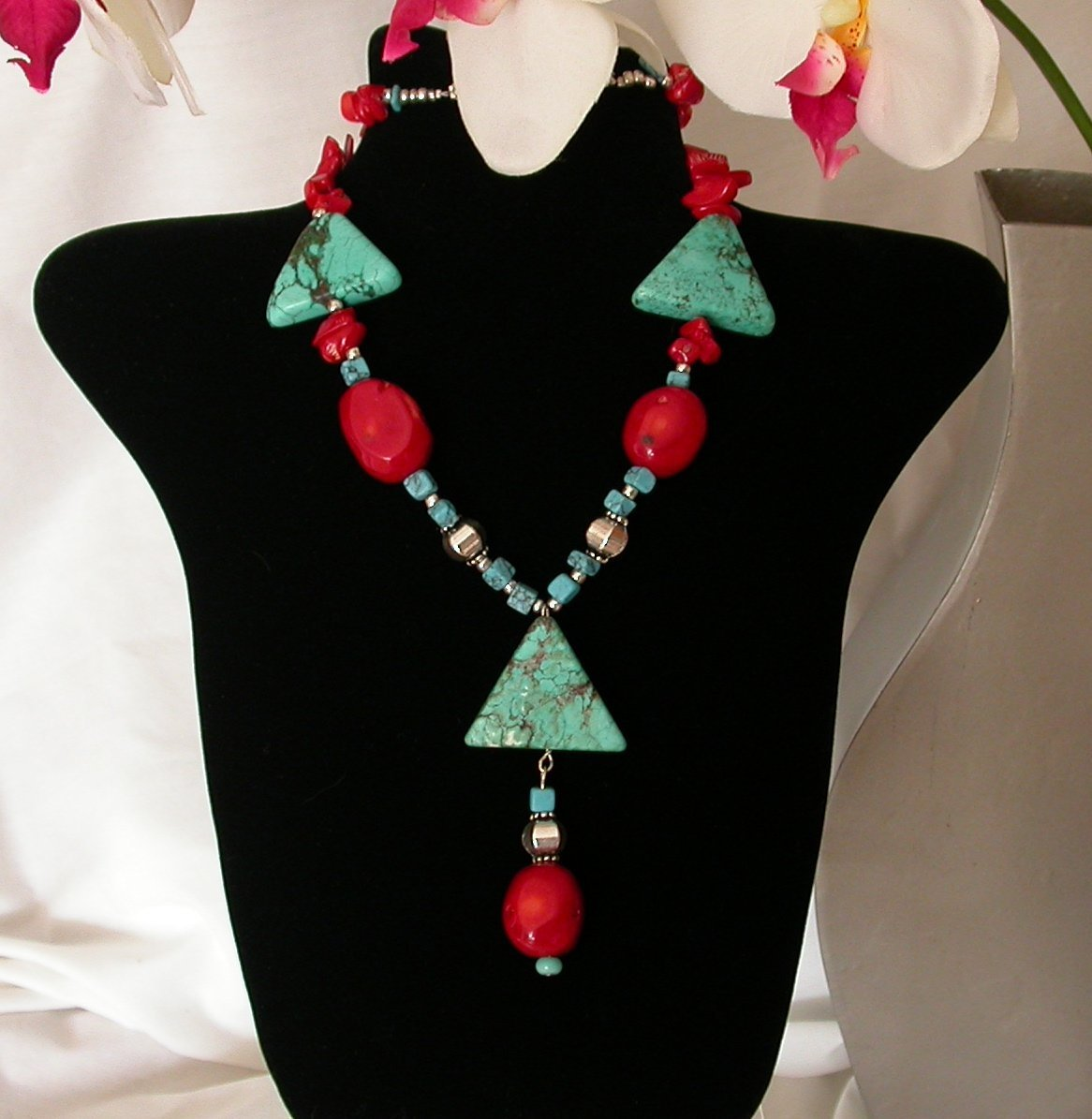 Turquoise Unique artisan Necklace and complimentary earrings