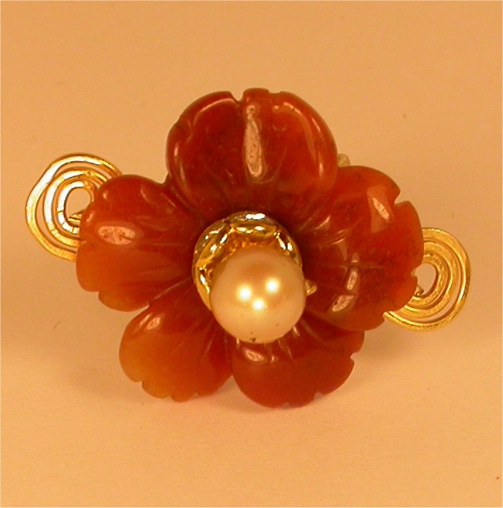 Trendy Ring - Hand carved Carnelian flower ring from Javaher