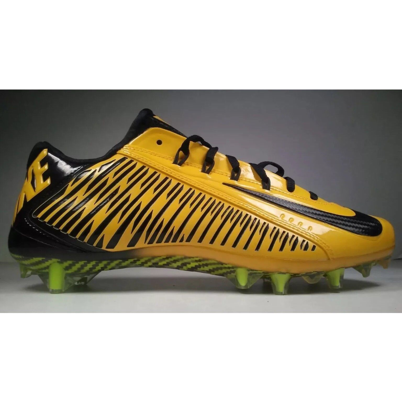 0e1ef4bf9bd Nike 657441-725 Vapor Carbon 2.0 Elite TD Size 15 Football Cleats  150  CLEARANCE