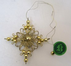 Vintage Christmas Ornament 1978 Kris Kringle Brand Wire & Bead Snowflake  - $12.38