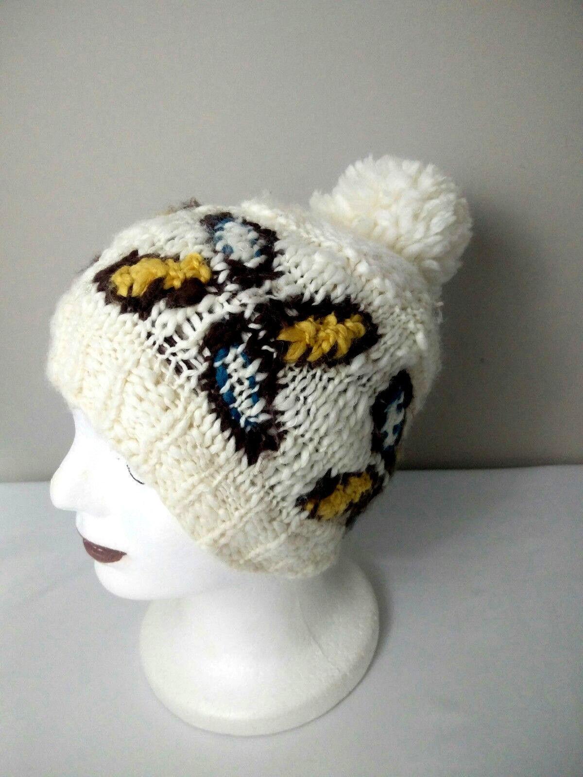 6ca721b7b3b Roxy Womens Ivory Butterfly Pompom Winter Hat Beanie Chunky Knit Winter  Beanie