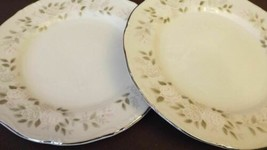 "Sheffield Classic 501 DINNER PLATES  (4) Made in Japan 10"" - $30.96"