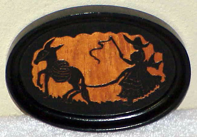 Pair of Vintage Carved Wooden Oval Shadow Picture Plaques