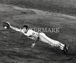 Brooks Robinson EOS Vintage 8X10 BW Baseball Memorabilia Photo - $6.99