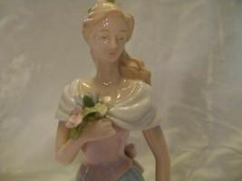 Lady Porcelain Figurine Moments & Memories Avon 2002 - $12.59