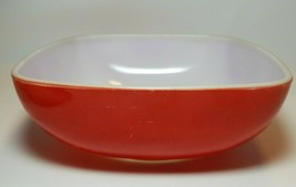 Pyrex 025 Red Square Hostess Dish Casserole Bowl 2-1/2 Qt Oven Ware - $10.89