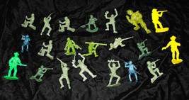 Green Army Men Toy Soldier Cowboys Indians Vintage Play Set Figures Lot ... - $26.99