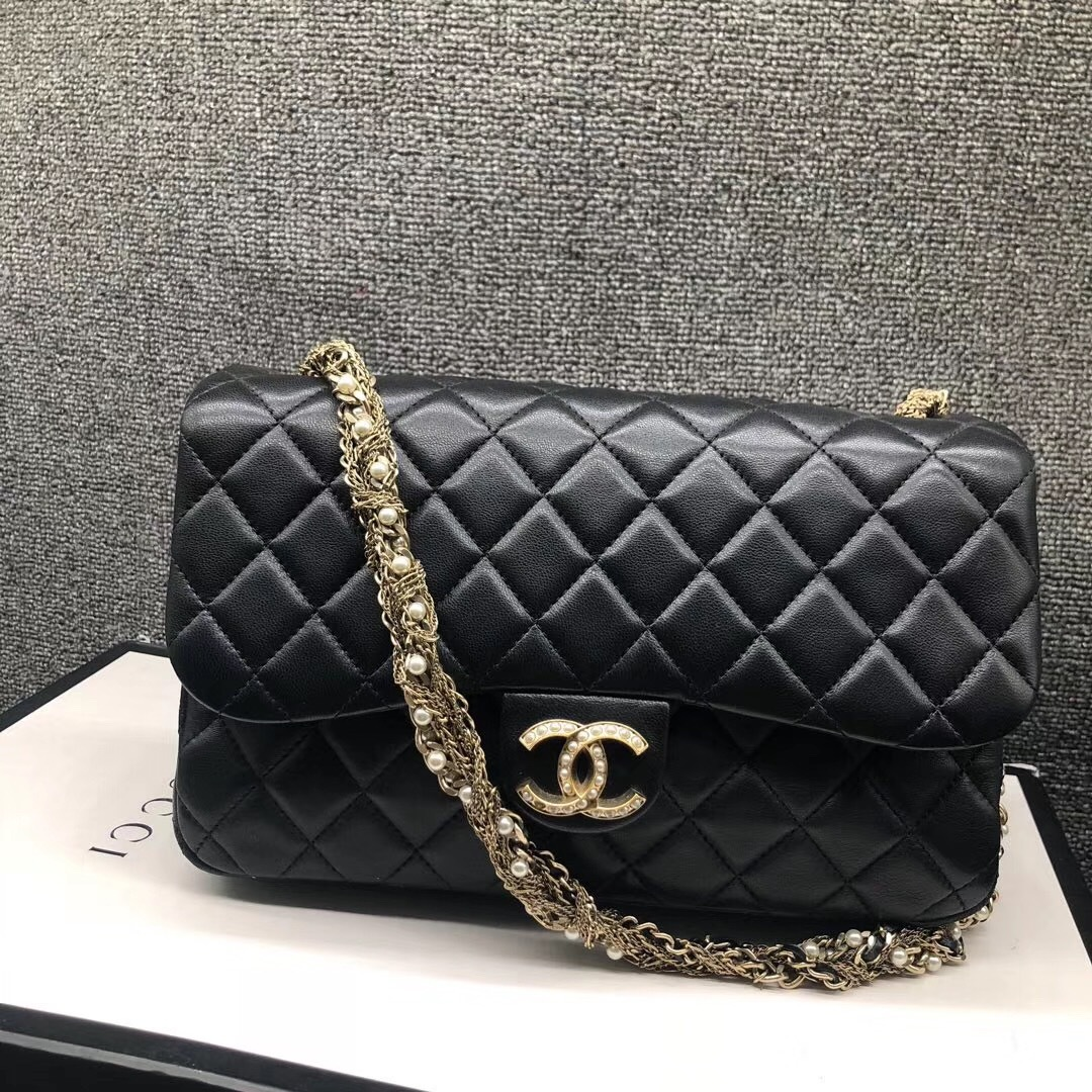 Auth Chanel Limited Ed Westminster Pearl Chain Quilted Lambskin Medium Flap bag image 5