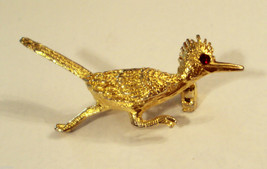 VTG Road Runner Scatter Pin Gold Plated Figural Brooch Red Rhinestone Eye - $19.76